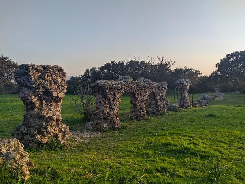 オルビア ローマ時代水道橋跡