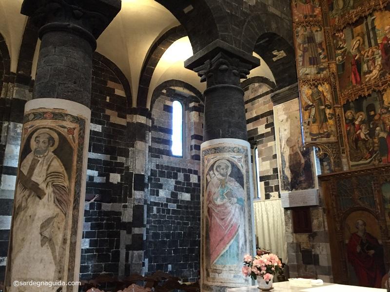 サンタマリアデルレーニョ教会