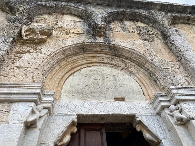 ロマネスク教会